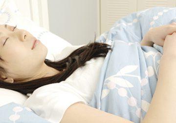 寝る姿勢別 体に与えるメリット・デメリットのイメージ画像